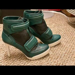 High Heels Booties